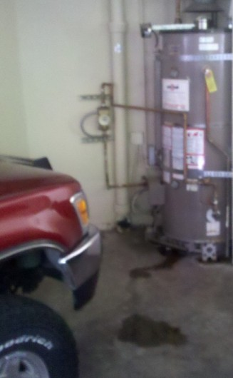 Leaking_water_heater_garage